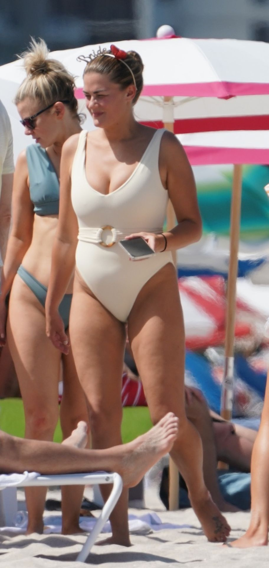Brittany Cartwright Sexy (59 Photos)