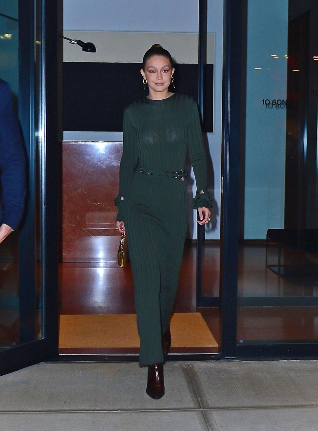 Gigi Hadid Sexy (44 Photos)