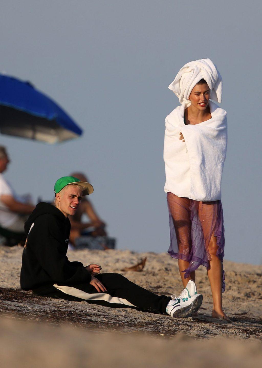Hailey Bieber Sexy (62 Photos)