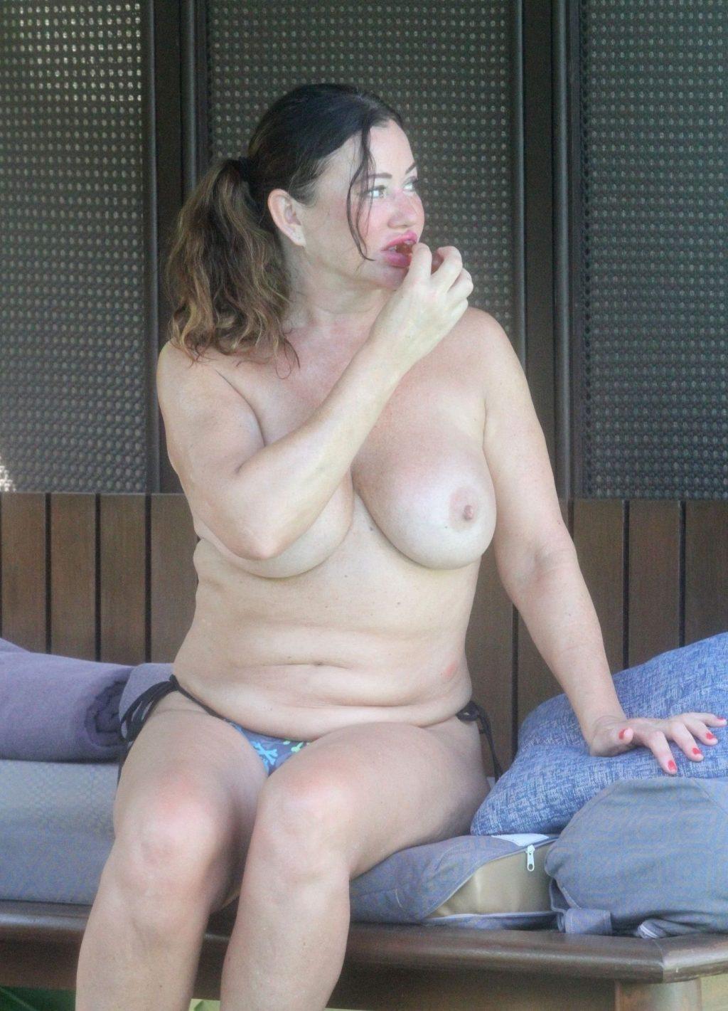 Lisa Appleton Topless (39 Photos)