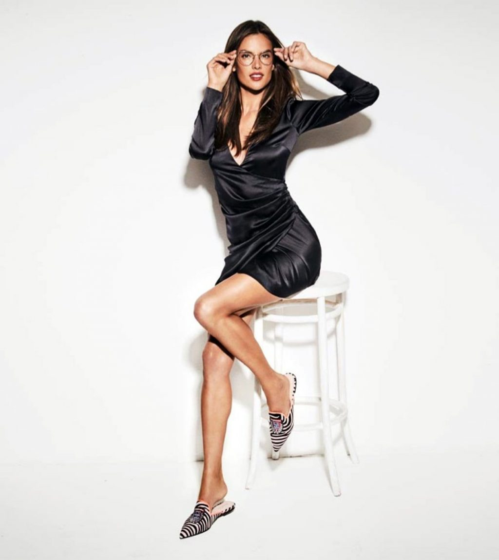 Alessandra Ambrosio Sexy (15 New Photos)