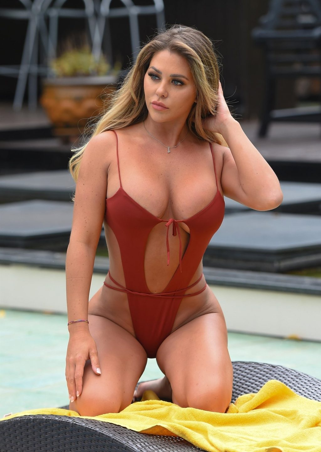 Bianca Gascoigne Sexy (10 Hot Photos)