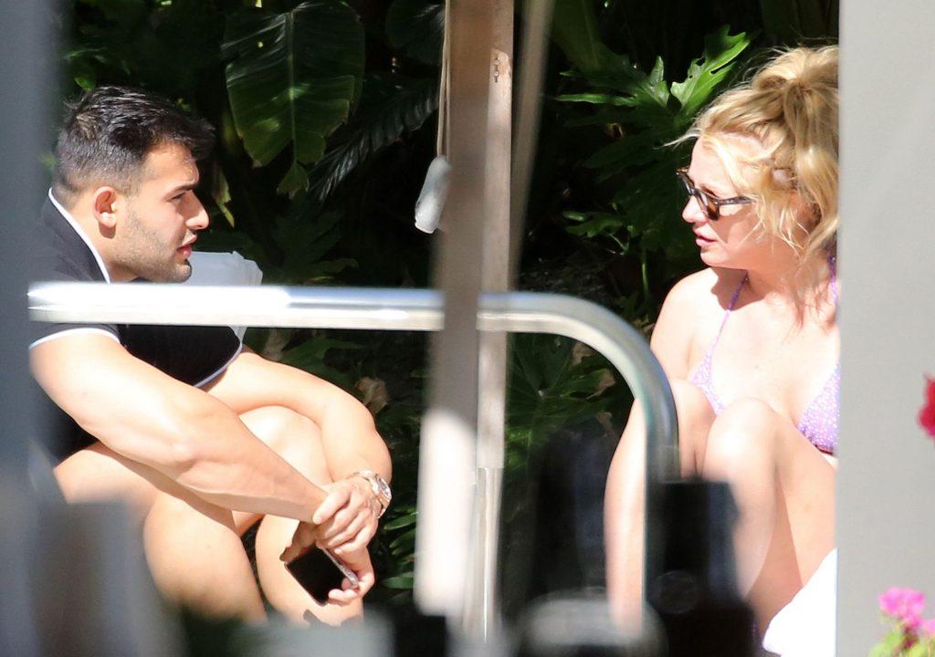 Britney Spears Sexy (47 Photos)