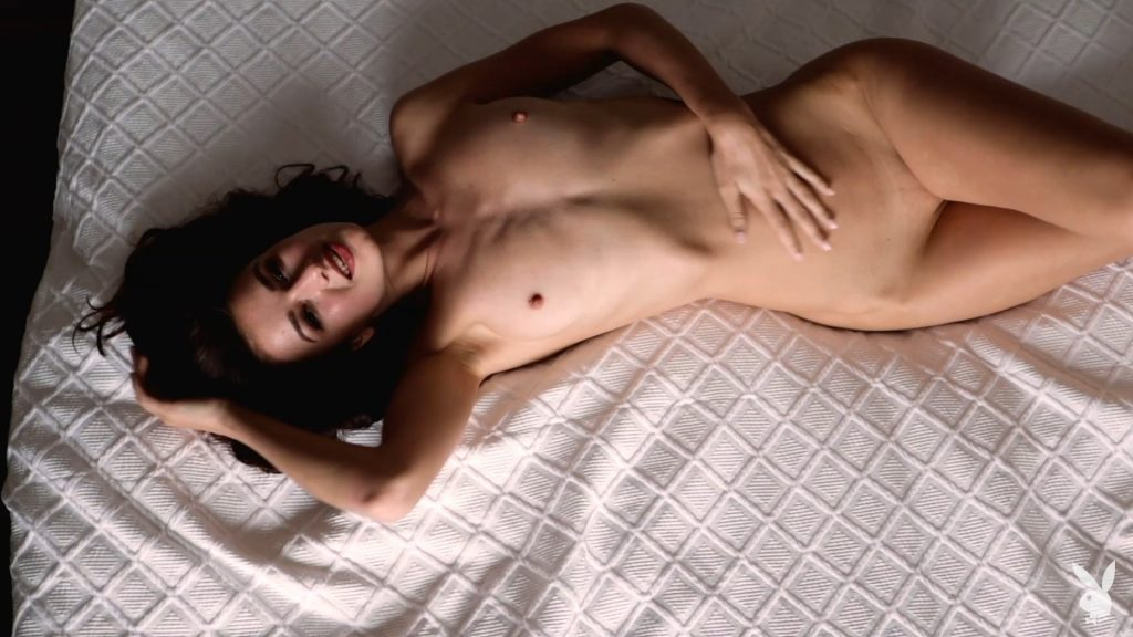 Elina Love Nude – Morning Stretch (35 Photos + GIFs & Video)
