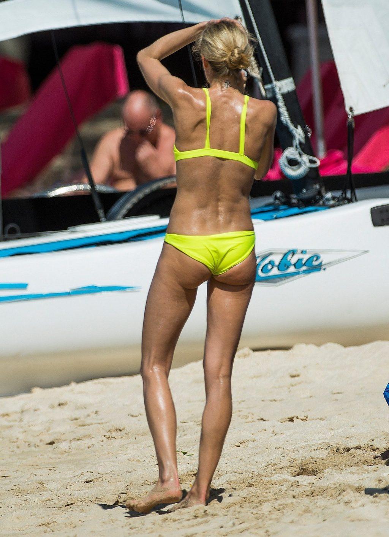 Kristen Pazik Hot (38 Photos)