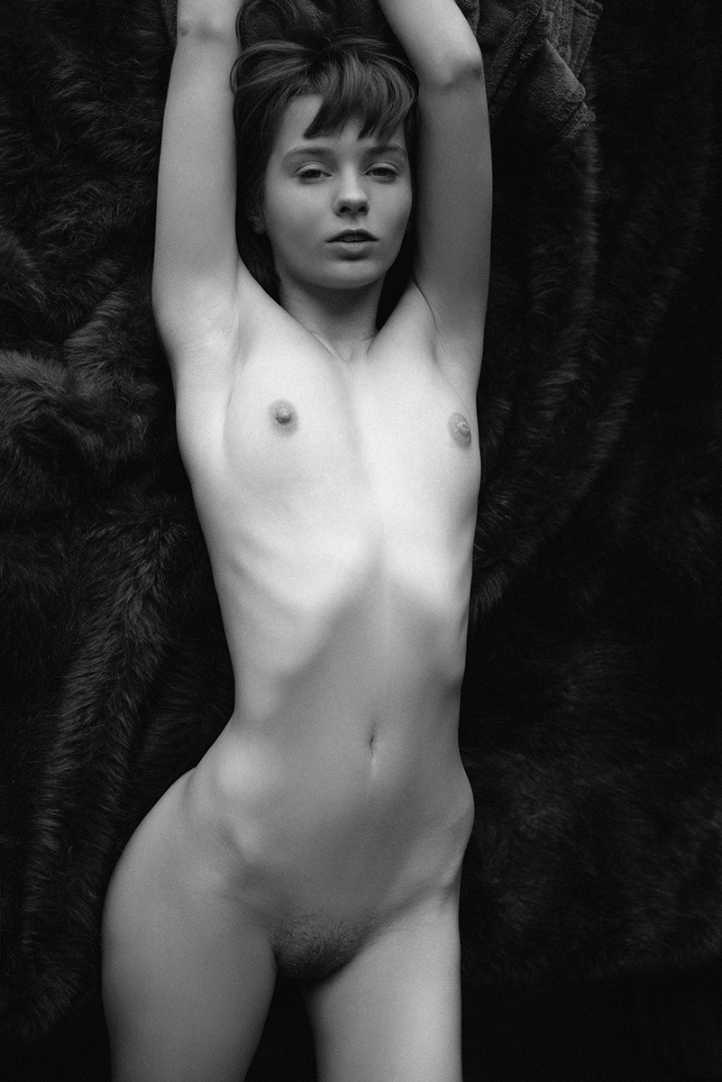 Marta Gromova Nude (11 New Photos)