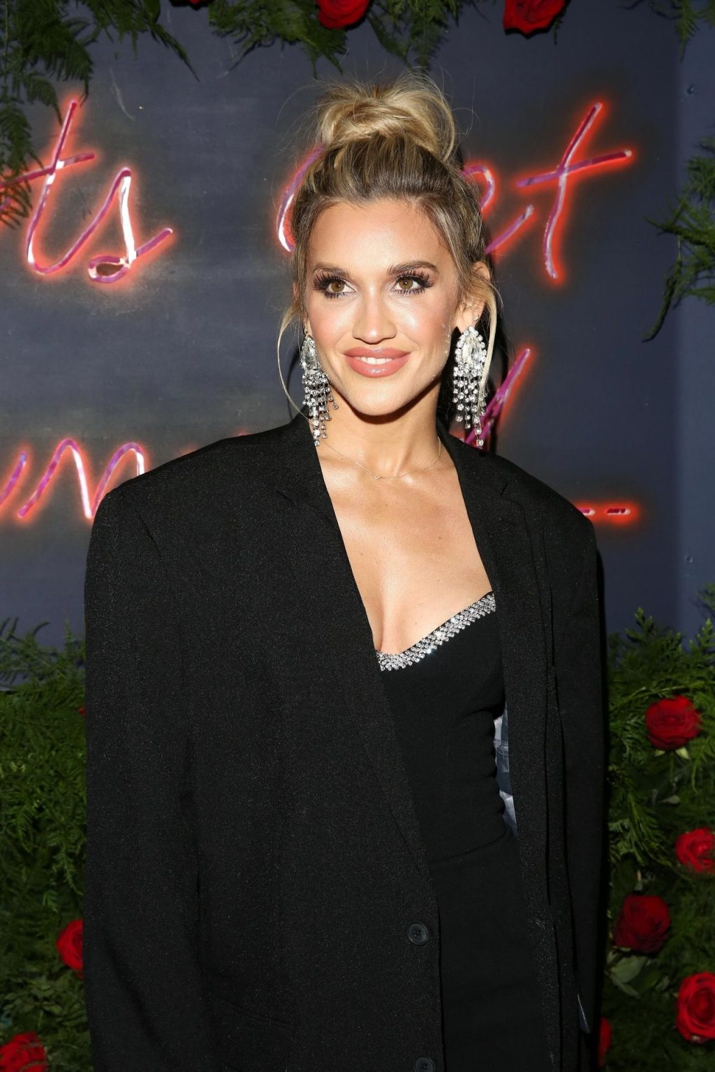 Ashley Roberts Sexy (103 Photos)