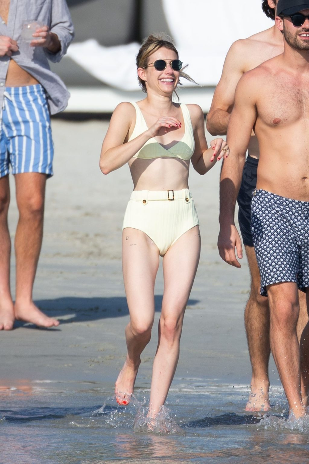 Emma Roberts Cools Off by the Beach in Punta Mita (29 Photos)