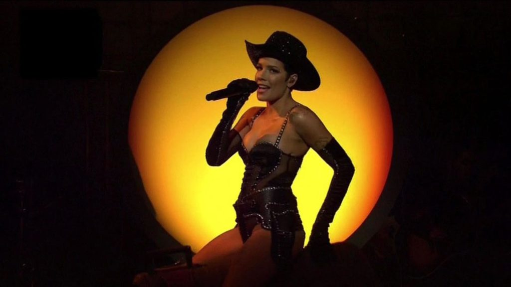 Halsey Steams Up the Screen As She Performs on Saturday Night Live (60 Pics + Video)