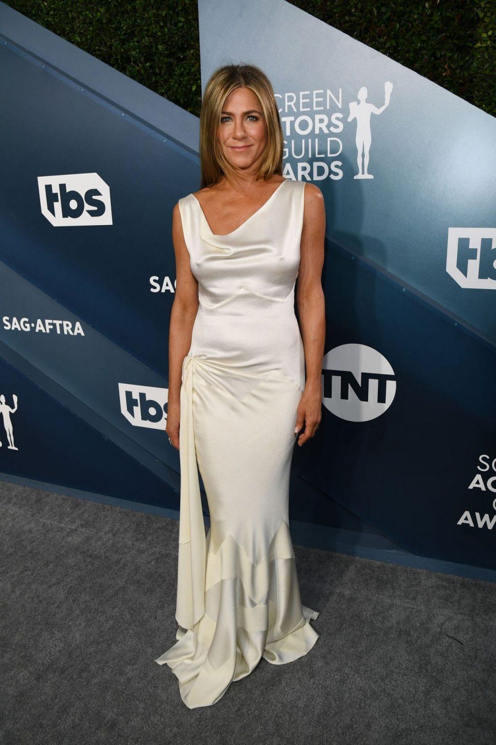 Jennifer Aniston's Pokies at the SAG Awards (136 Photos + Video)