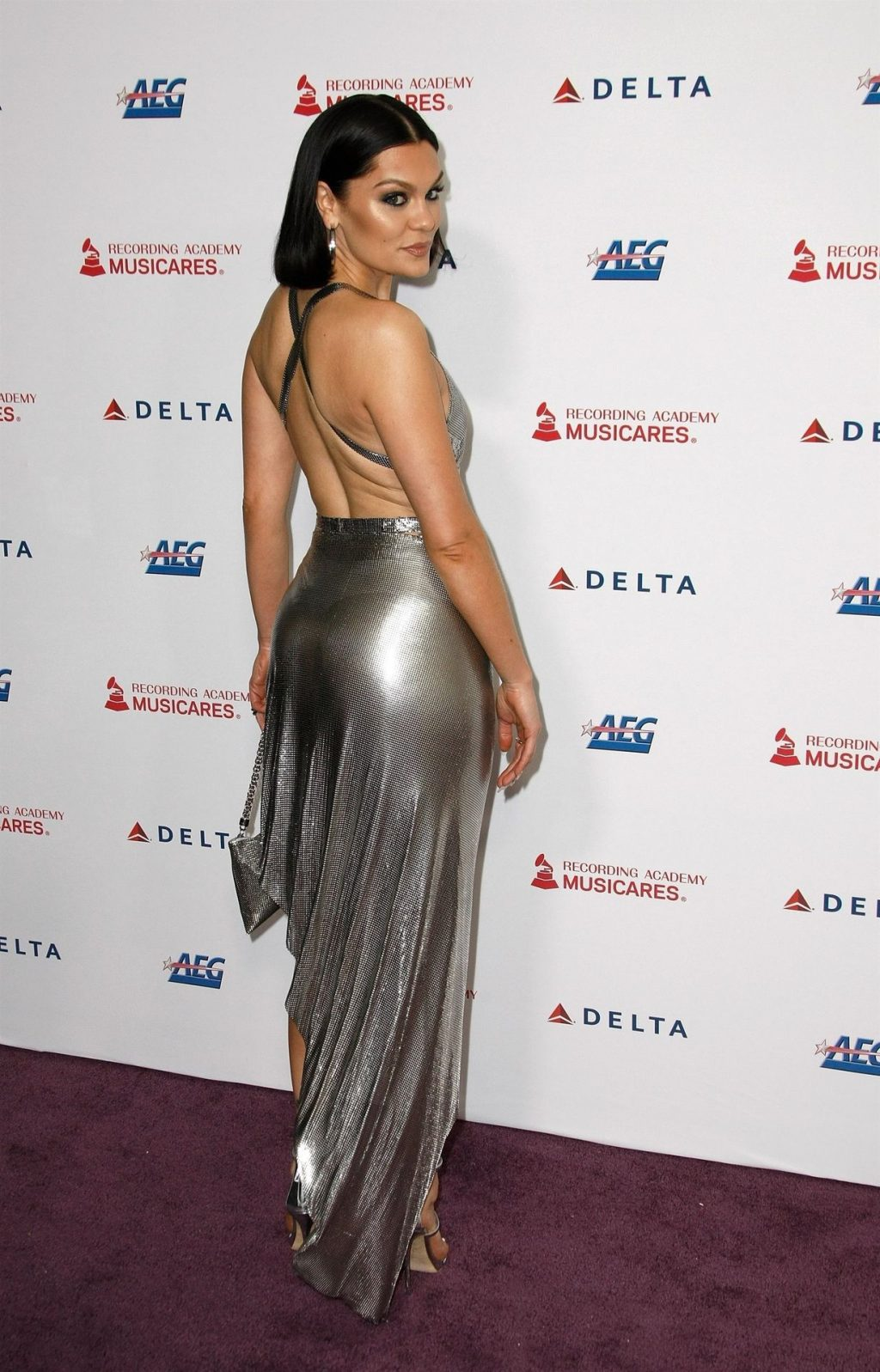Jessie J Shows Off Her Sexy Legs at the MusiCares Person of the Year Gala (40 Photos)