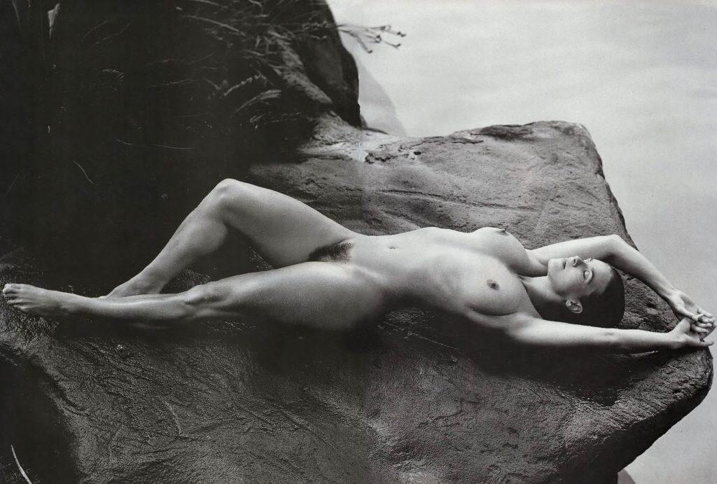 Katarina Witt Nude (16 Photos)