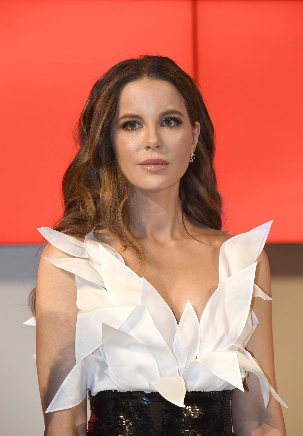 Kate Beckinsale Sexy (13 Hot Photos)