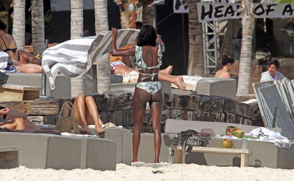 Boris Becker's Girlfriend Layla Powell Displays Her Sexy Body (27 Photos)