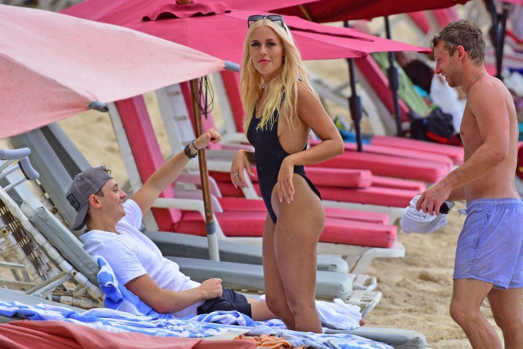 Lottie Tomlinson Sexy (181 Photos)
