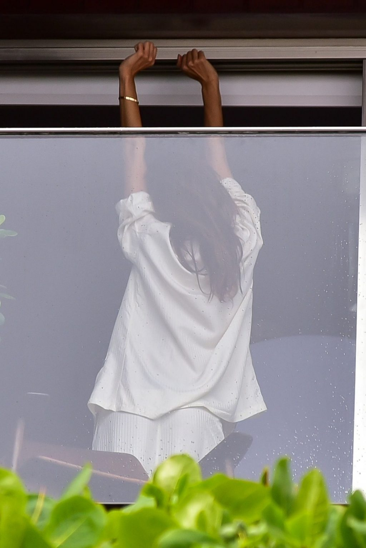 Alessandra Ambrósio Has an Impromptu Rainy Day Photoshoot in Rio (96 Photos)