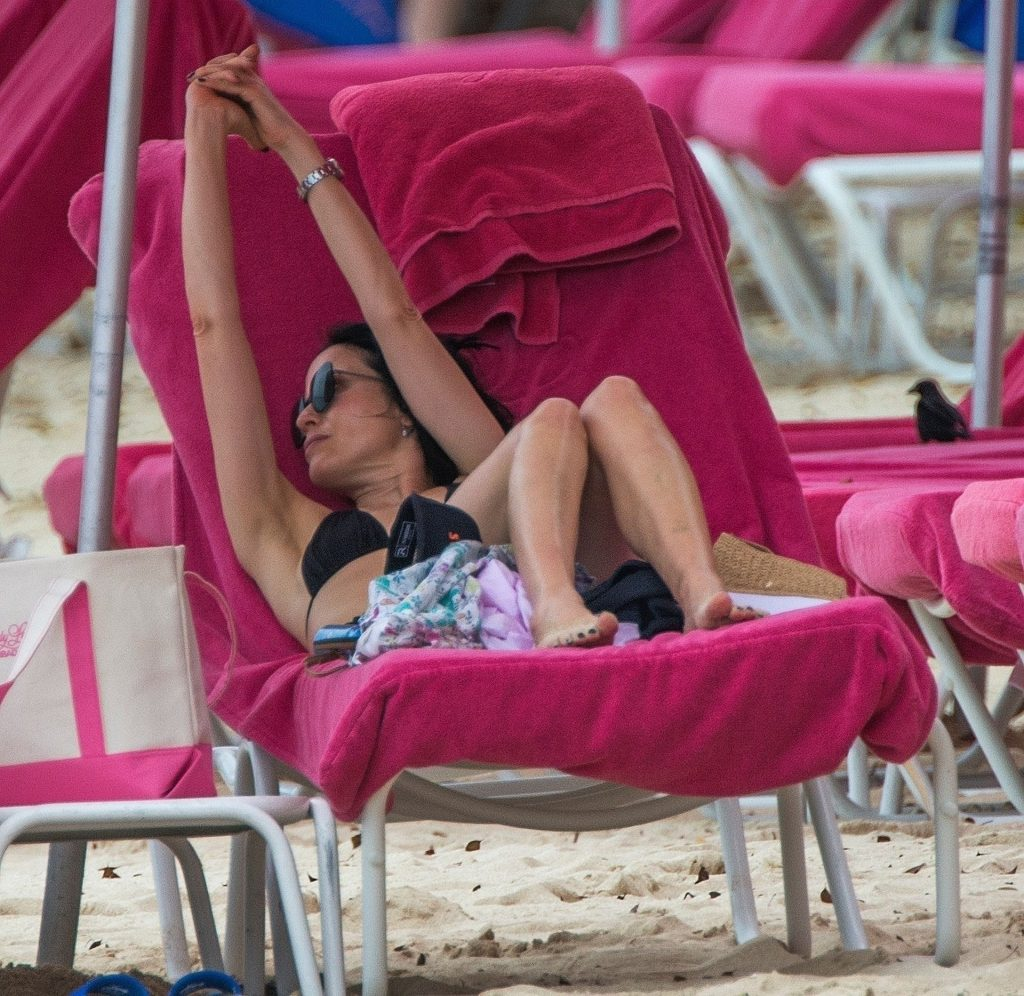 Andrea Corr Looks Great in a Black Bikini in Barbados (45 Photos)