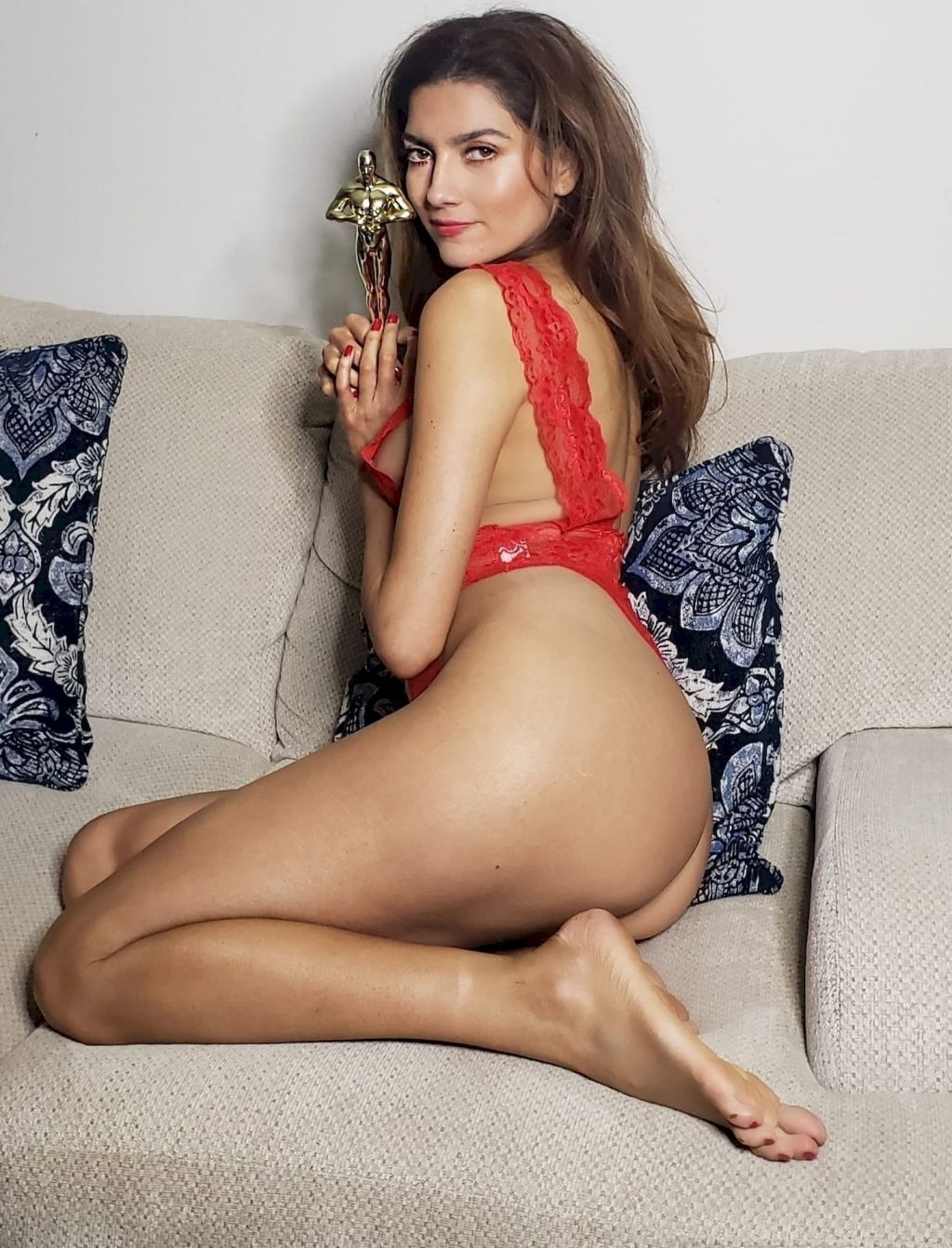 Blanca Blanco Poses in a Sexy Red Lingerie for The Oscars (9 Photos)