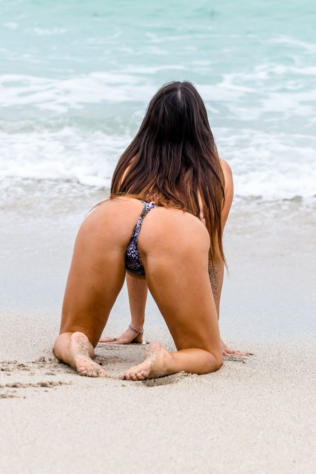 Claudia Romani Shows Off Her Curves in a Mismatched Thong Bikini (30 Photos)