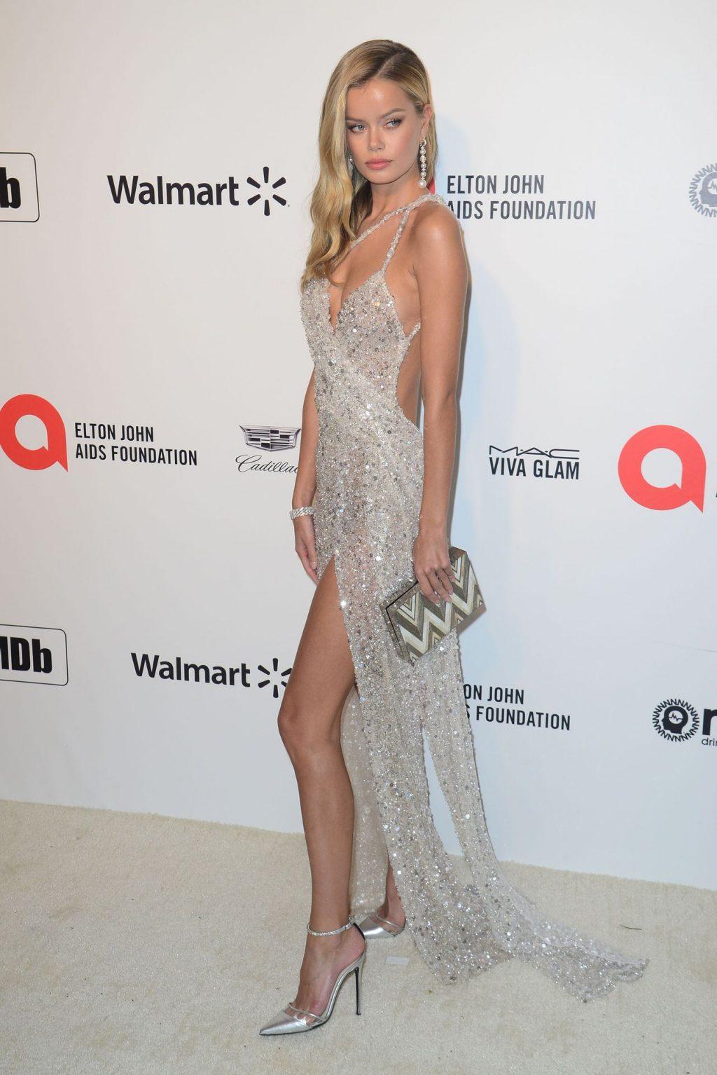 Frida Aasen Shows Her Slim Body at the Elton John AIDS Foundation Oscars Party (26 Photos)