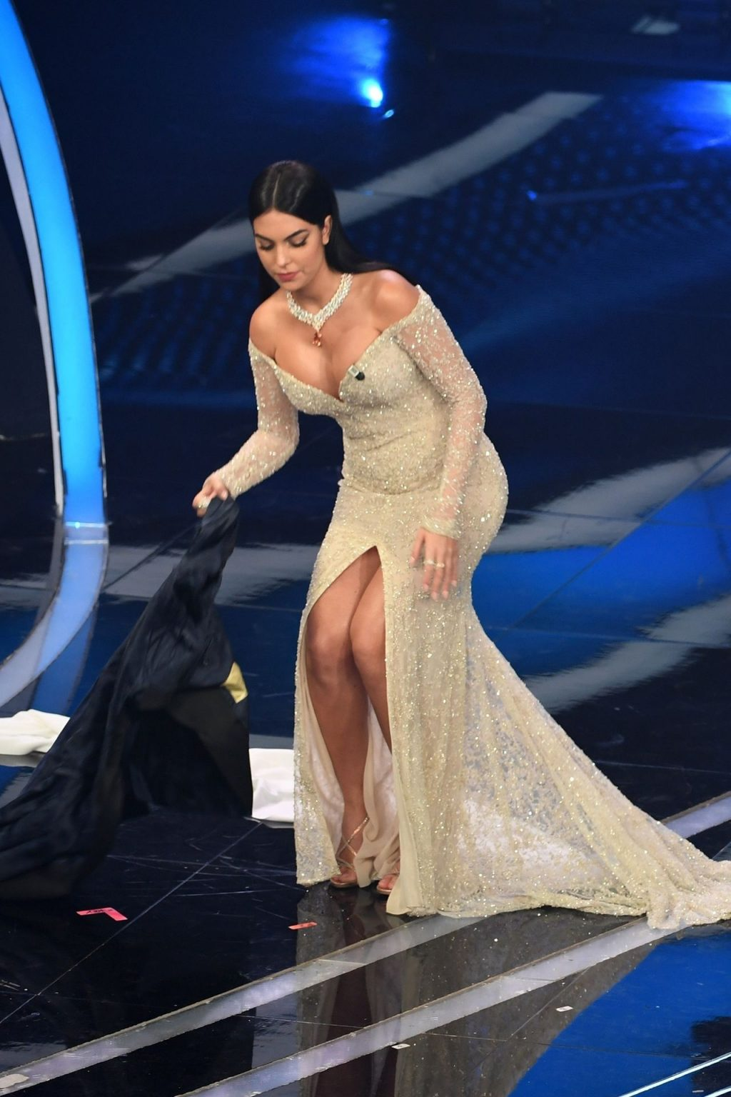 Georgina Rodríguez Shines at the 70th Sanremo Music Festival (146 Photos)