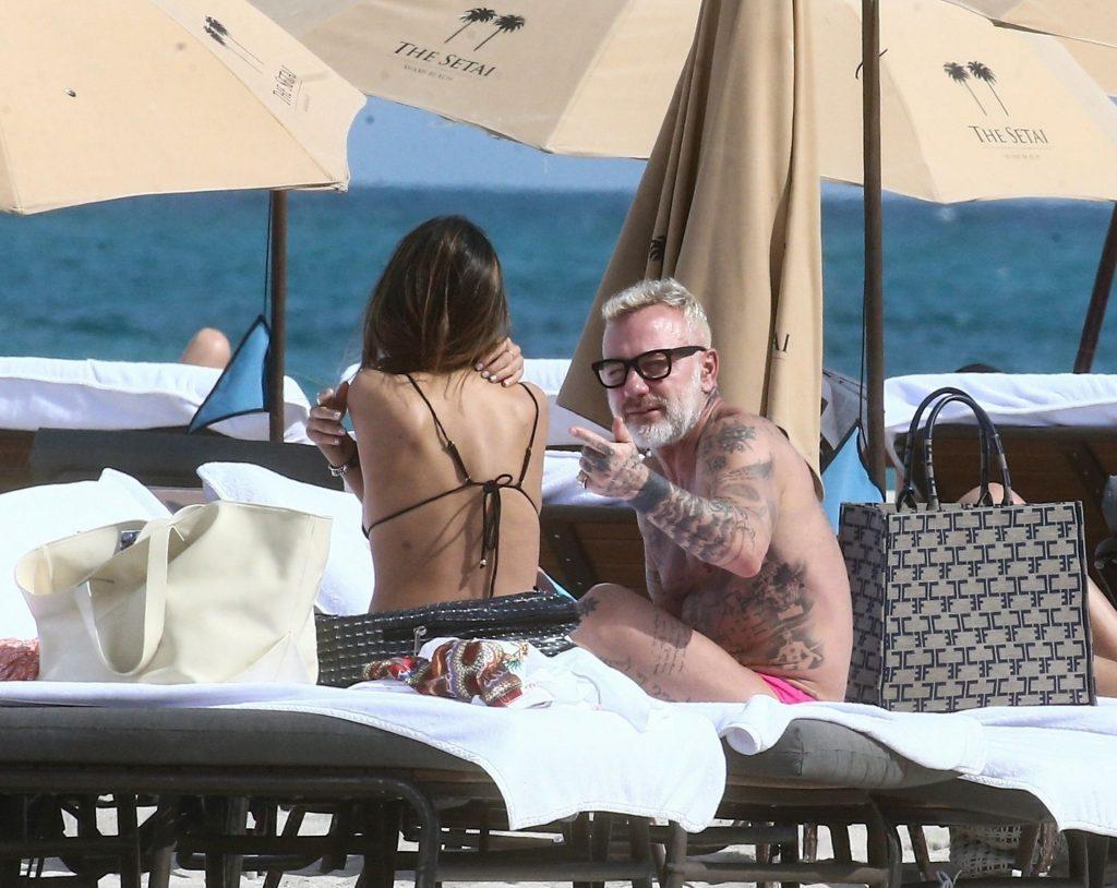Gianluca Vacchi & Sharon Fonseca Enjoy a Romantic Day at the Beach in Miami (32 Photos)