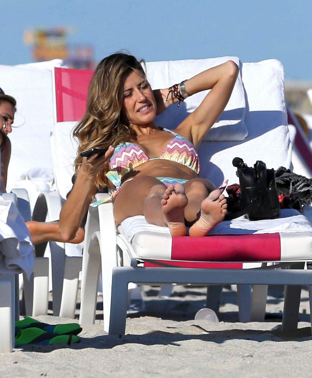 Martha Graeff Goes Topless on the beach in Miami (7 Photos)
