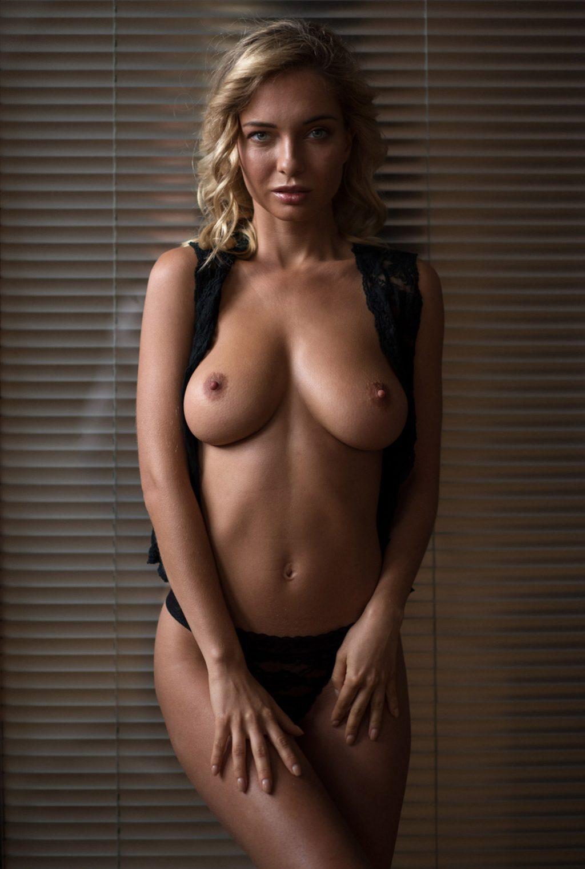 Natalia Andreeva Nude (15 Photos)