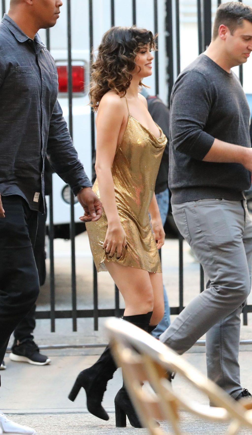 Singer Selena Gomez Looks Amazing in Los Angeles (41 Photos)