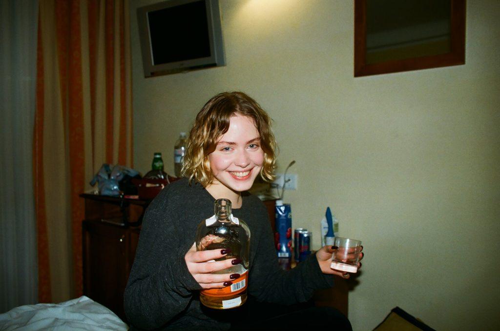 Alya Tulchinskaya Nude & Sexy (19 Photos)
