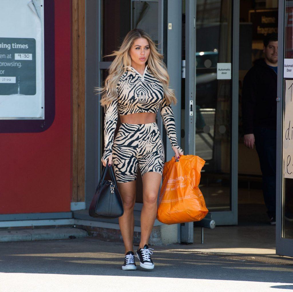 Bianca Gascoigne Was Seen at Sainsbury's in Gravesend (15 Photos)