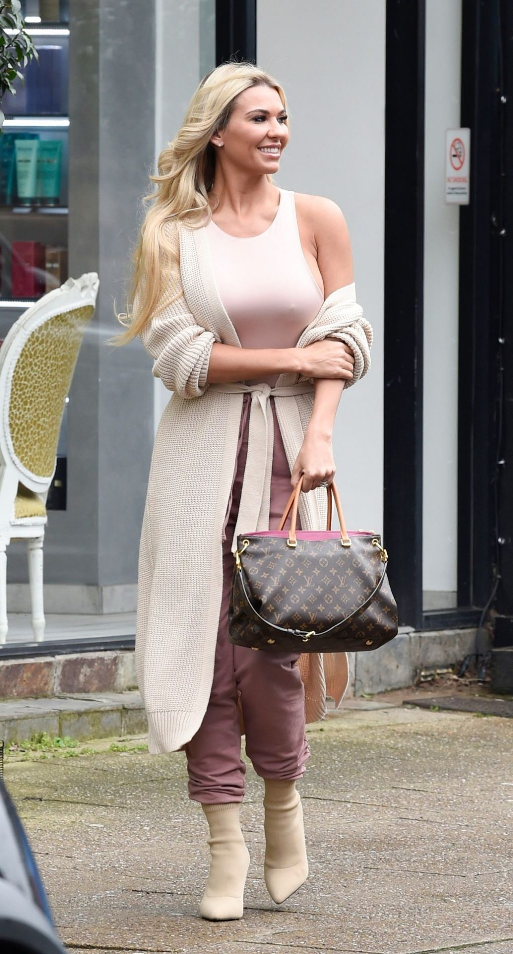 Busty Christine McGuinness Is Pictured Out and About in Alderley Edge (58 Photos)