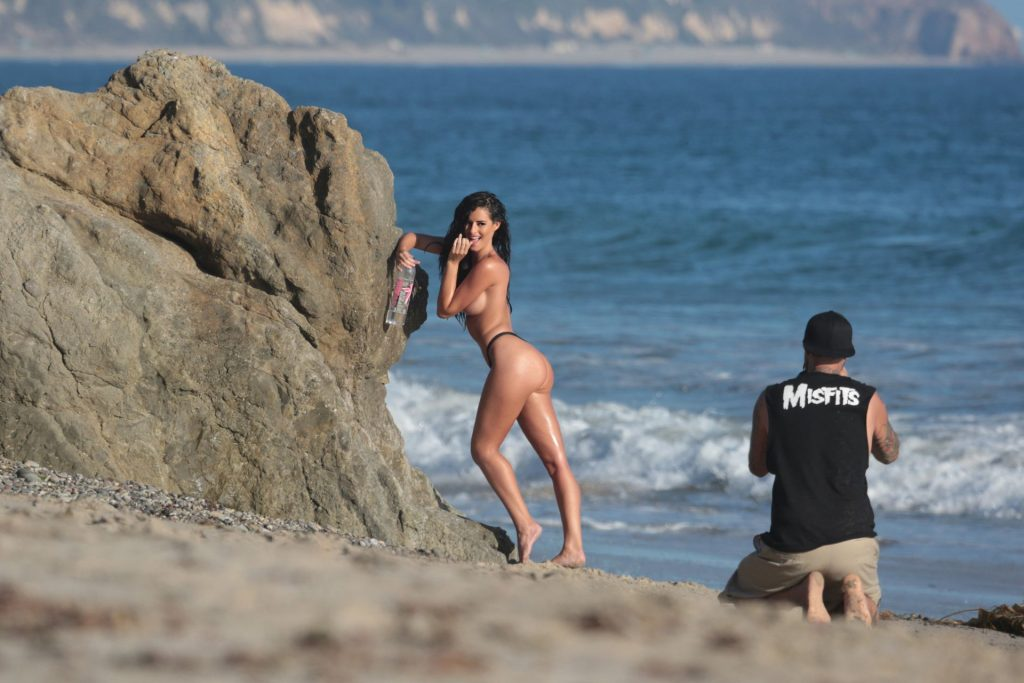 Jaylene Cook Shows Off Her Sexy Beach Body While Posing Topless (55 Photos)