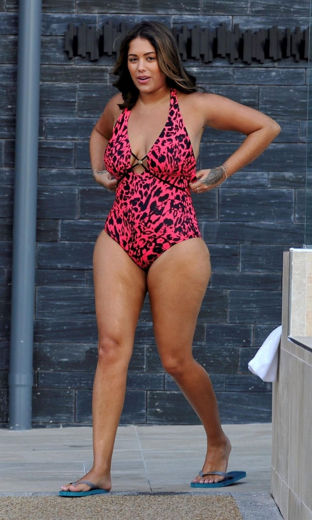 Malin Andersson Shows Off Her Lucious Curves in Chester (25 Photos)