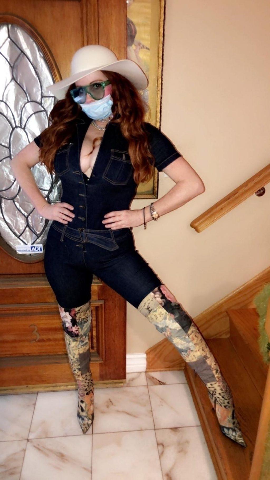 Phoebe Price Poses for Photos in her Coronavirus Mask (21 Photos)