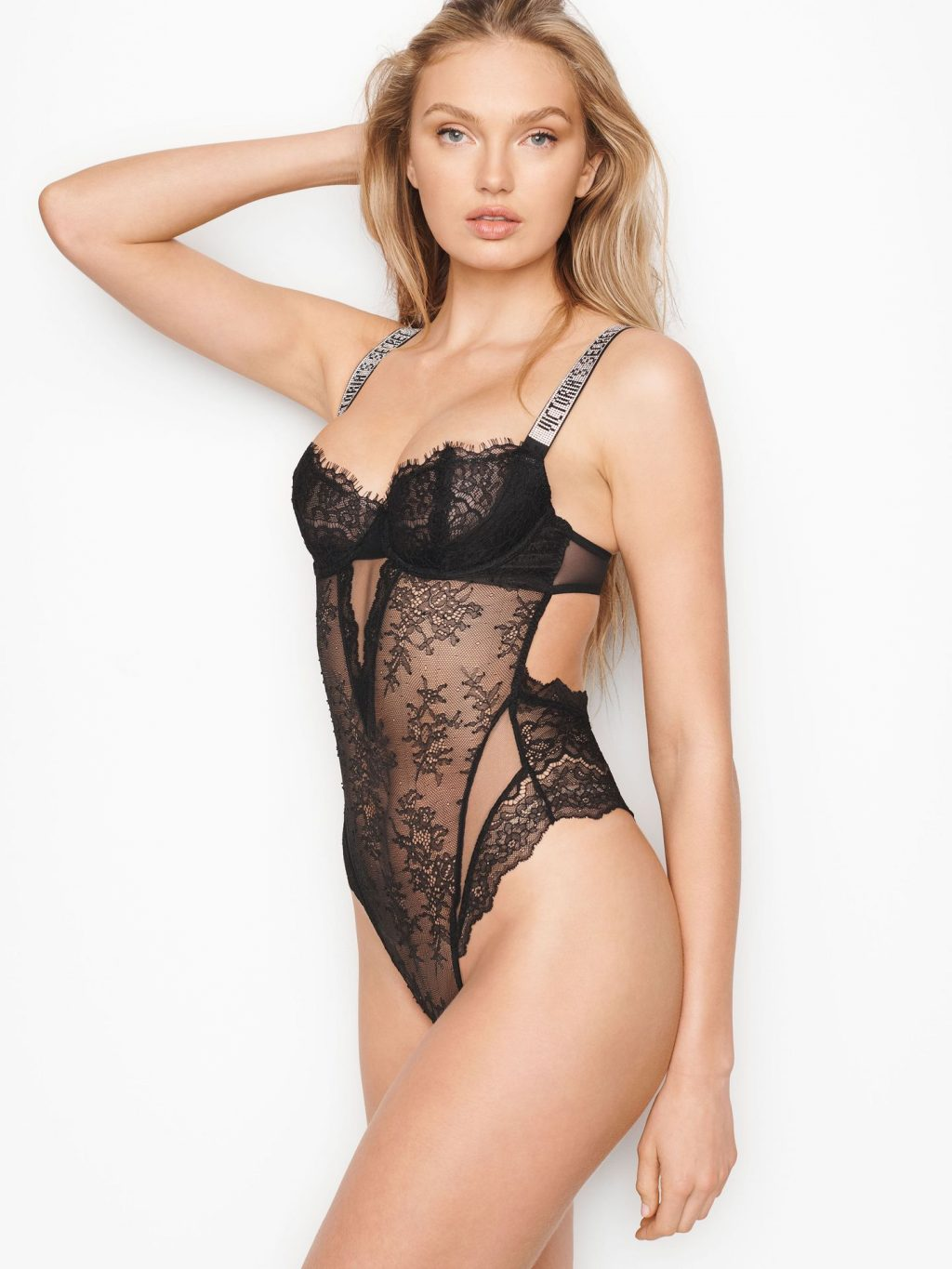 Romee Strijd Shows Off Her Body for Victoria's Secret Campaign (7 Photos)