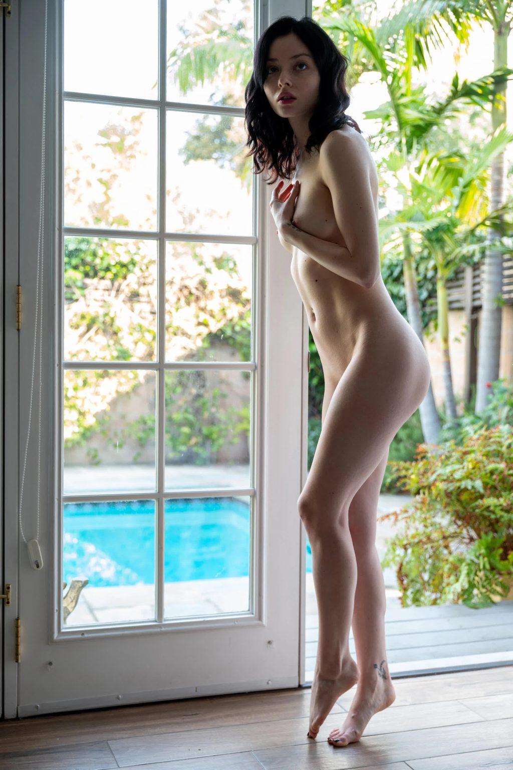 Alina Lee Nude (7 Photos)