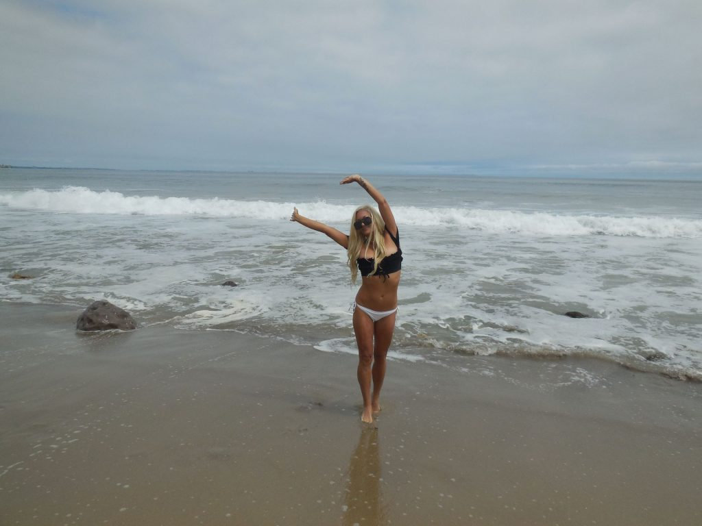 Angelique Morgan, Heather Chadwell, Sham Ibrahim Pose In Malibu (32 Photos)