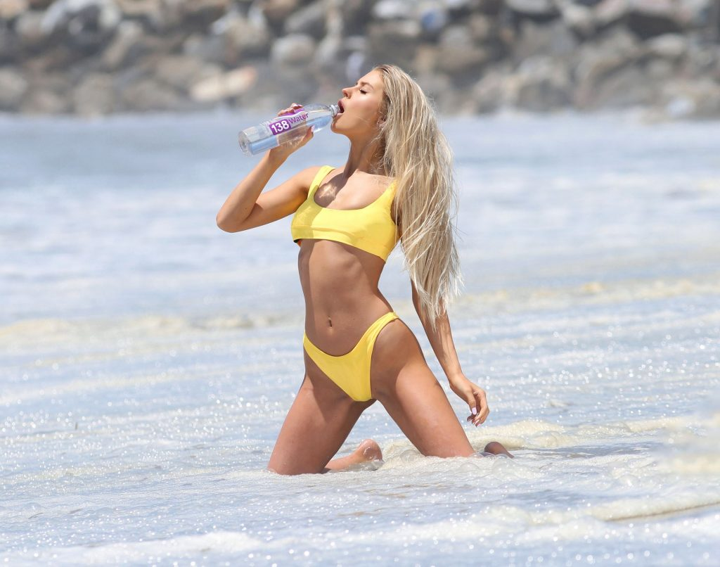 Brooklyn Clift Shows Off Her Stunning Body In a Photoshoot (67 Photos)