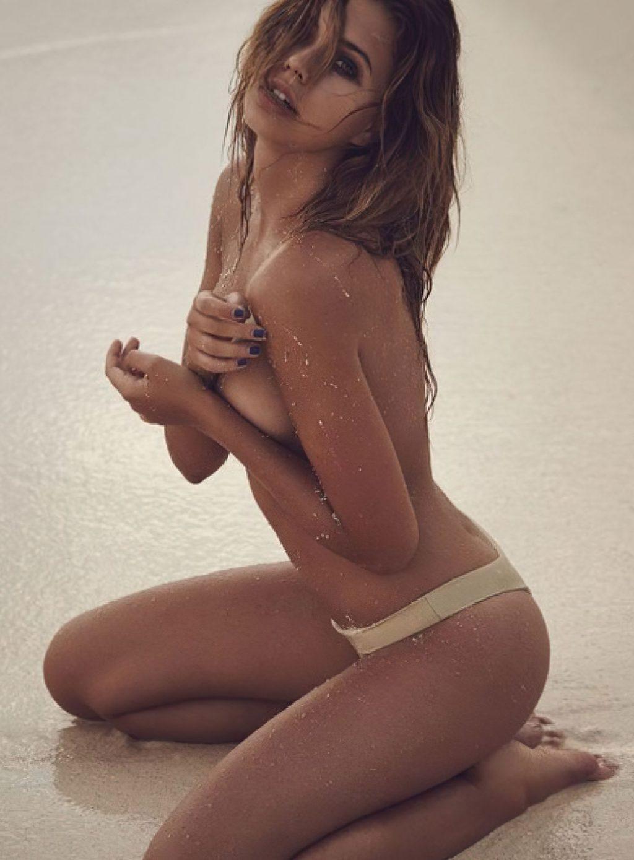 Sandra Kubicka Nude (9 Photos)