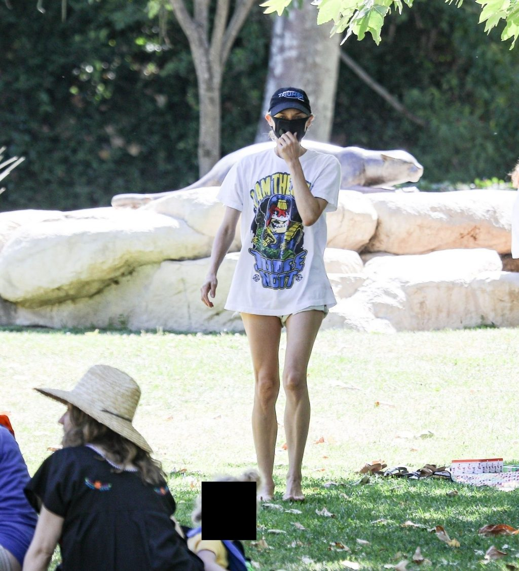 Diane Kruger Enjoys a Day at the Park with Her Daughter (42 Photos)