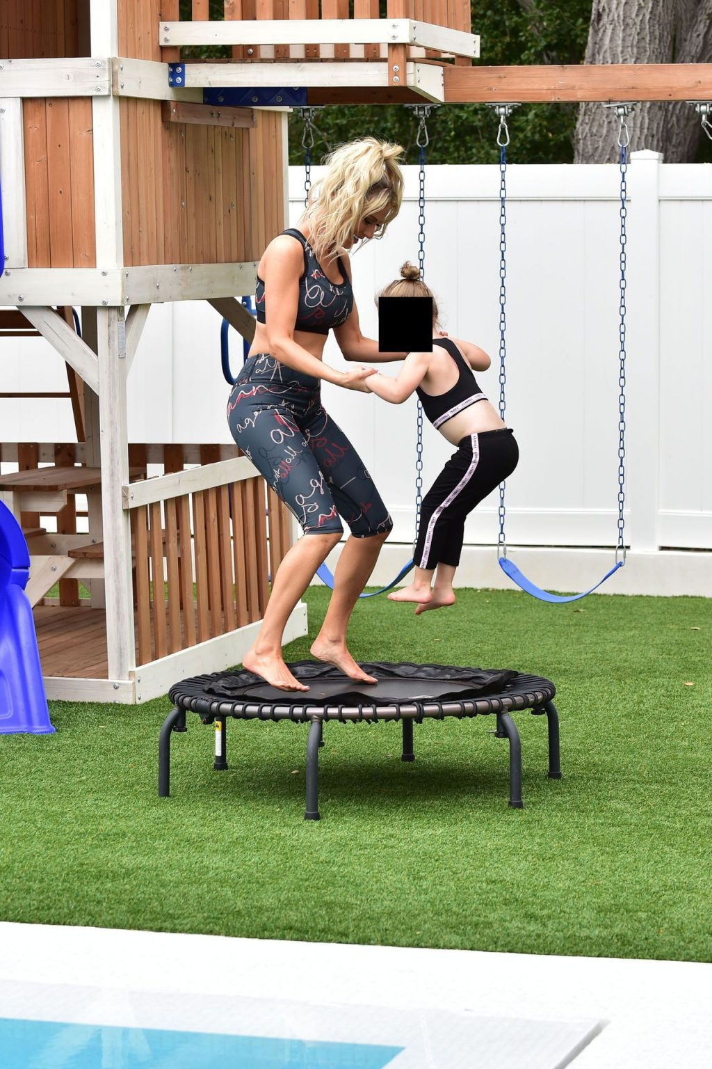 Dorit Kemsley Is Staying Fit With Her Daughter (26 Photos)
