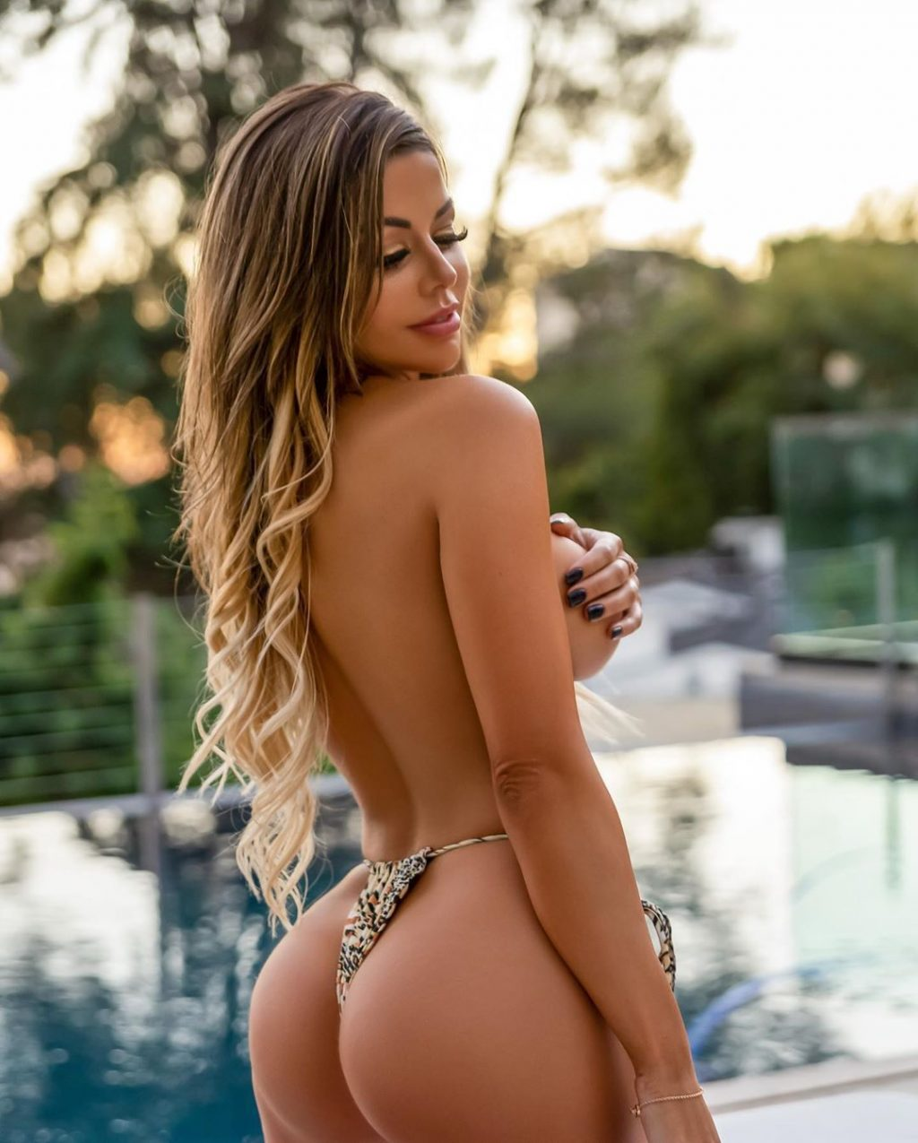 Juli Annee Nude & Sexy (74 Photos)