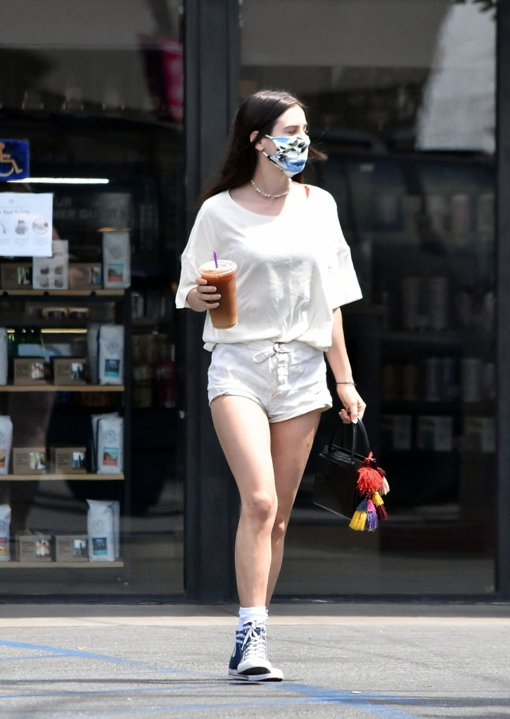 Sexy Scout Willis Gets Her Iced Coffee with a Floral Mask (39 Photos)