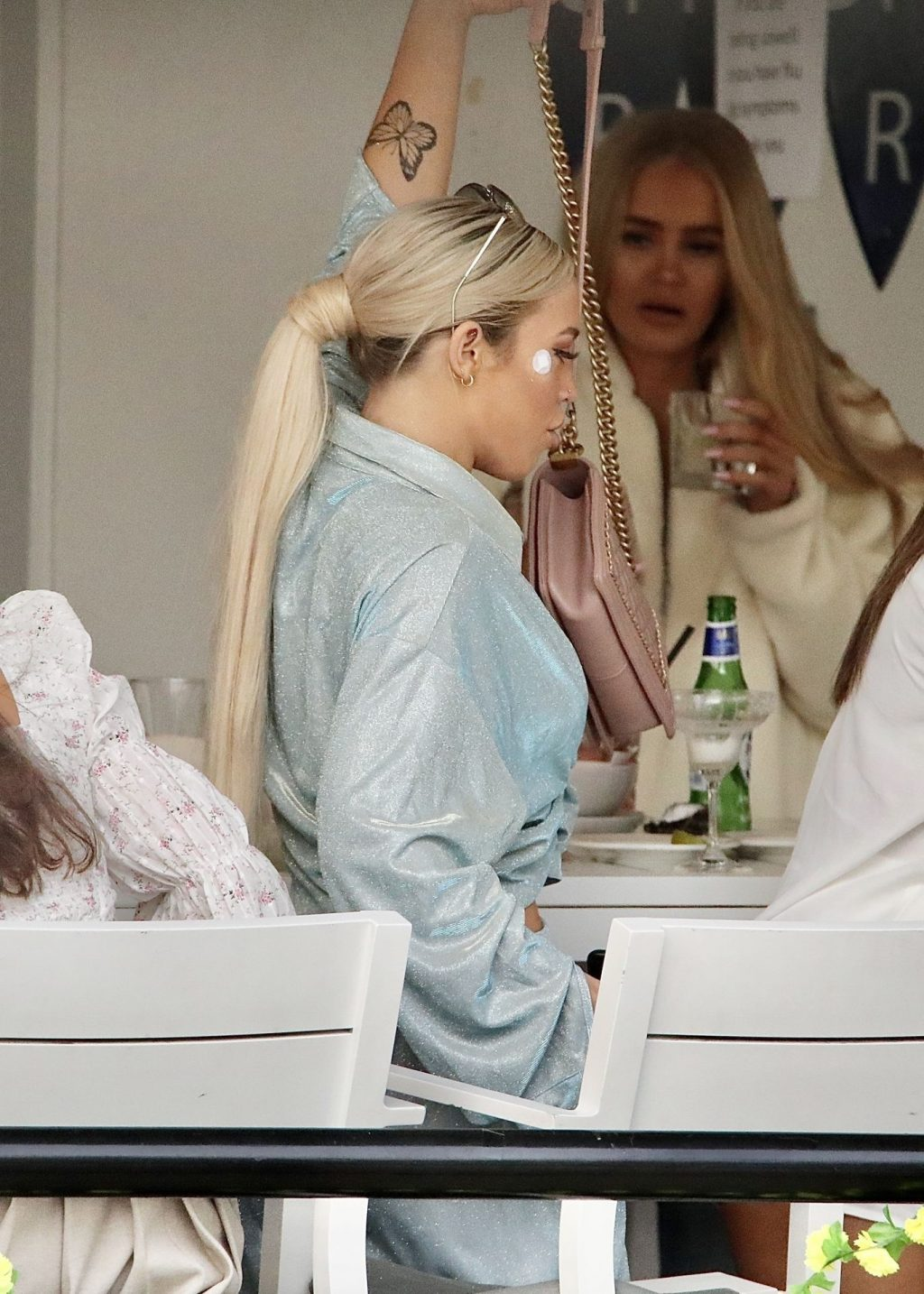 Tammy Hembrow Is Pictured Out and About with Friends on the Gold Coast (33 Photos)