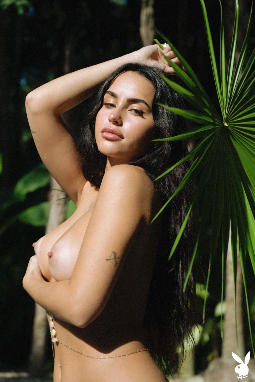 Claudia Tihan Nude & Sexy – Island Attitude (42 Photos + GIFs & Video)