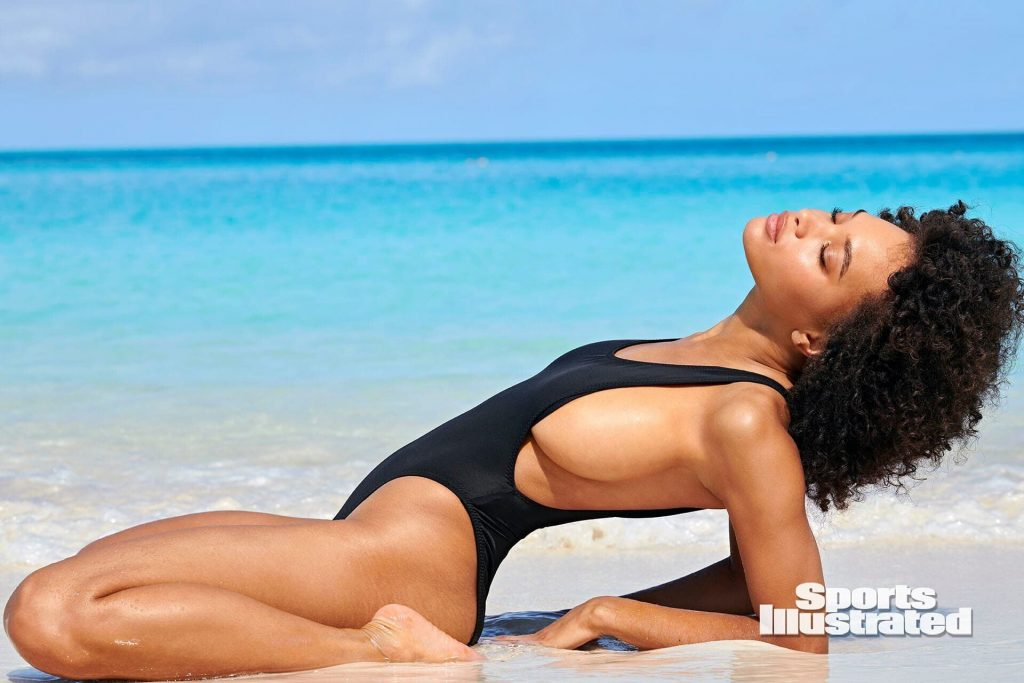 Jamea Lynne Sexy – Sports Illustrated Swimsuit (27 Photos)