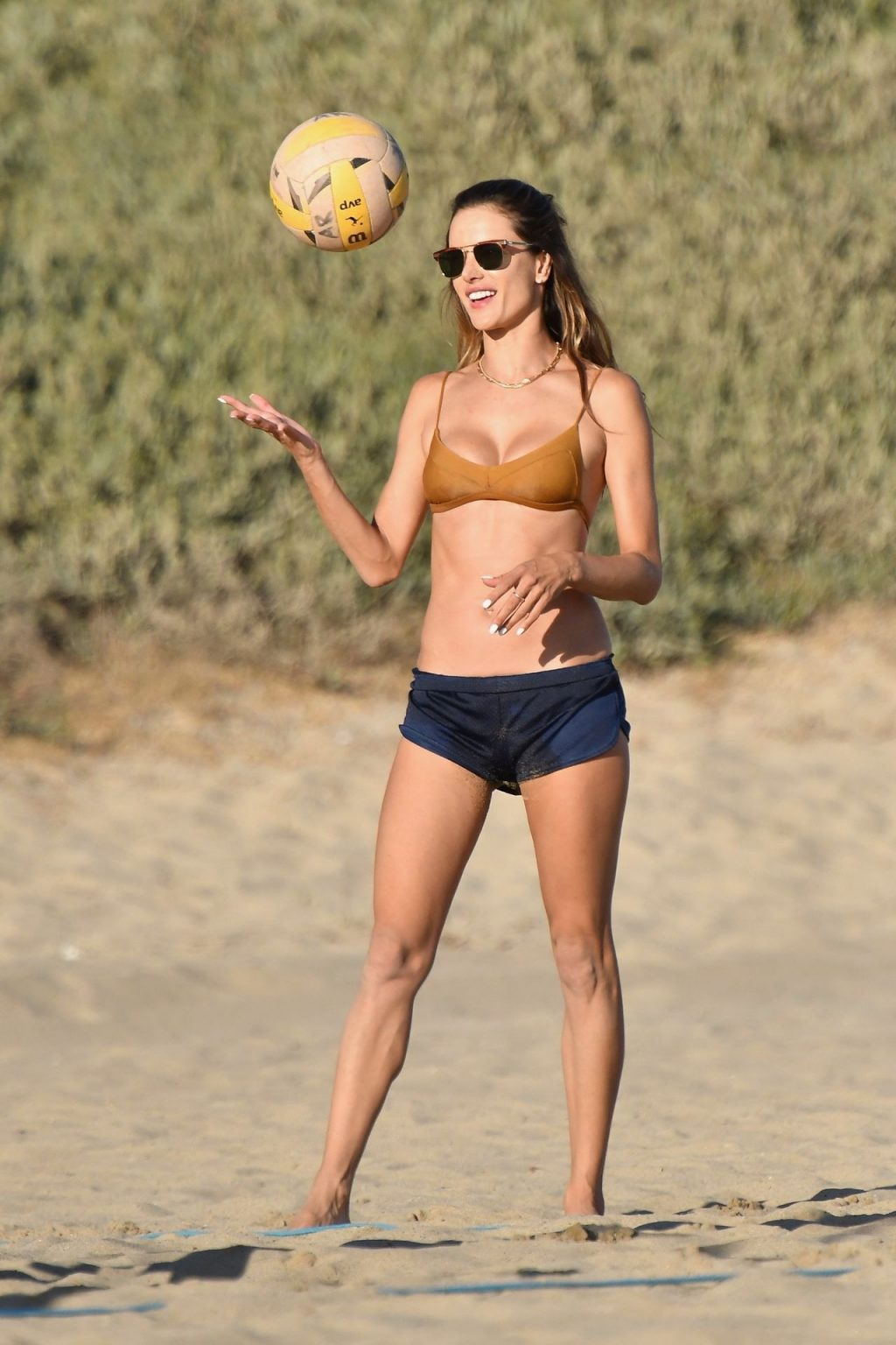 Alessandra Ambrosio Displays Her Slim Figure on the Beach (147 New Photos)