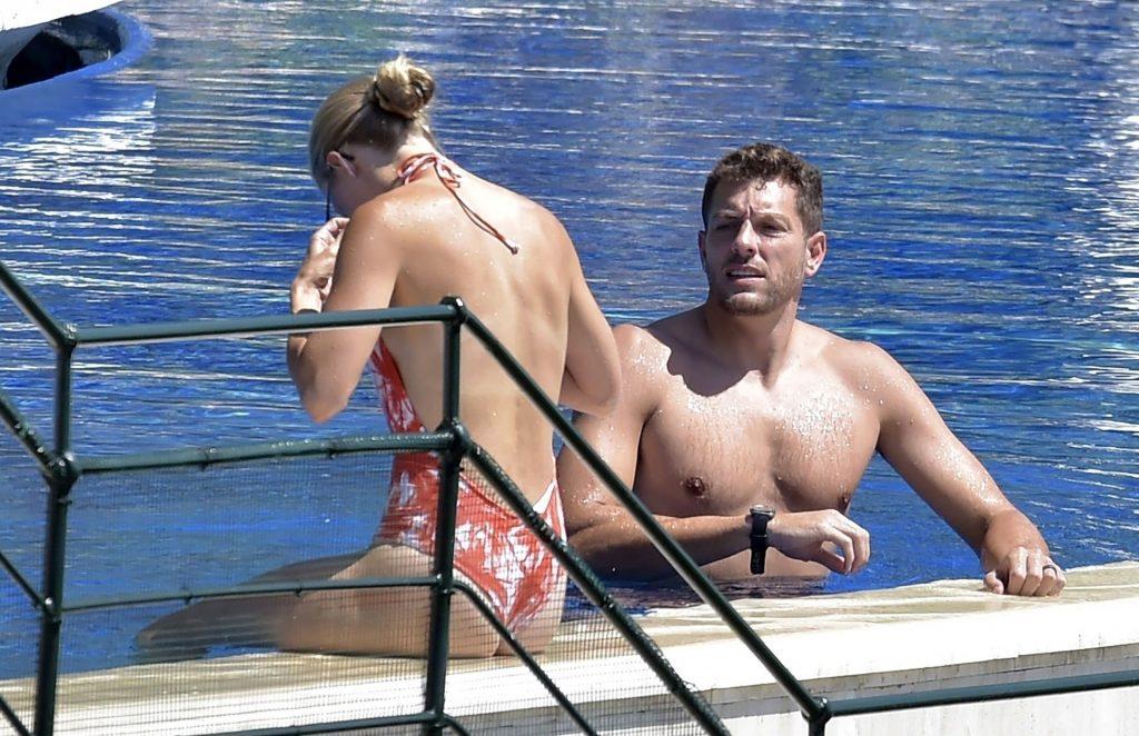 Caroline Wozniacki & David Lee Enjoy a Dip in the Pool While on Vacation in Portofino (38 Photos)