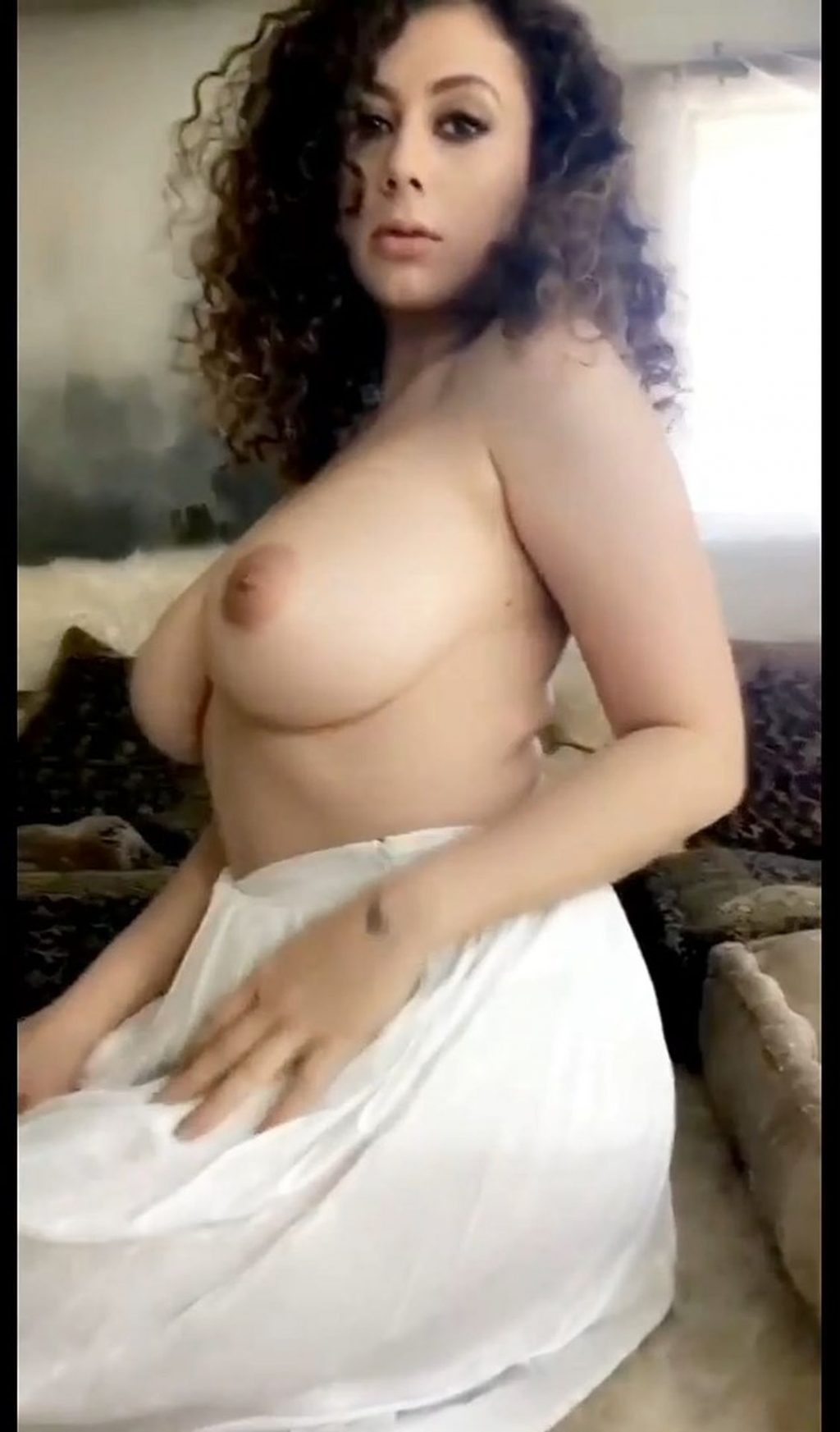 Leila Lowfire Nude (27 Pics + GIF & Video)